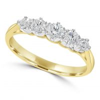 18ct Diamond 5 Stone Ring