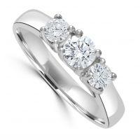 18ct Diamond 3 Stone Ring