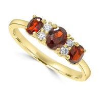 9ct Garnet & Diamond Ring